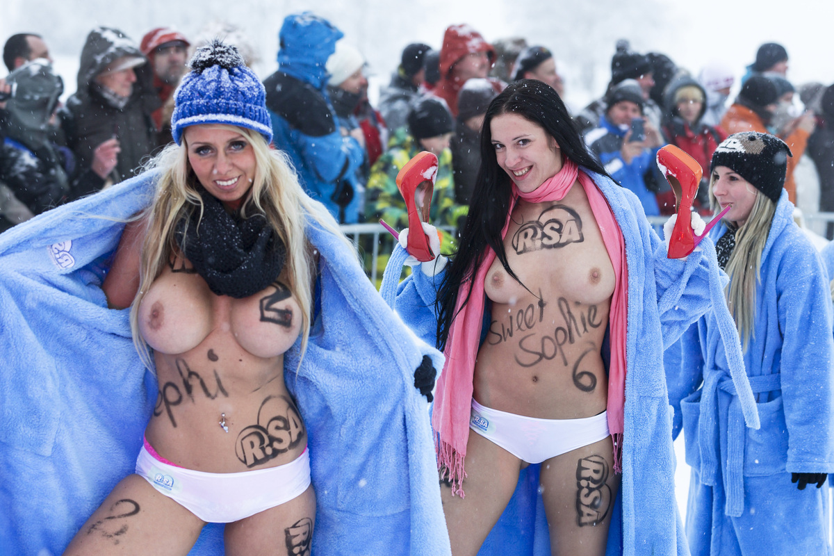 Germanys Naked Sledding Competition